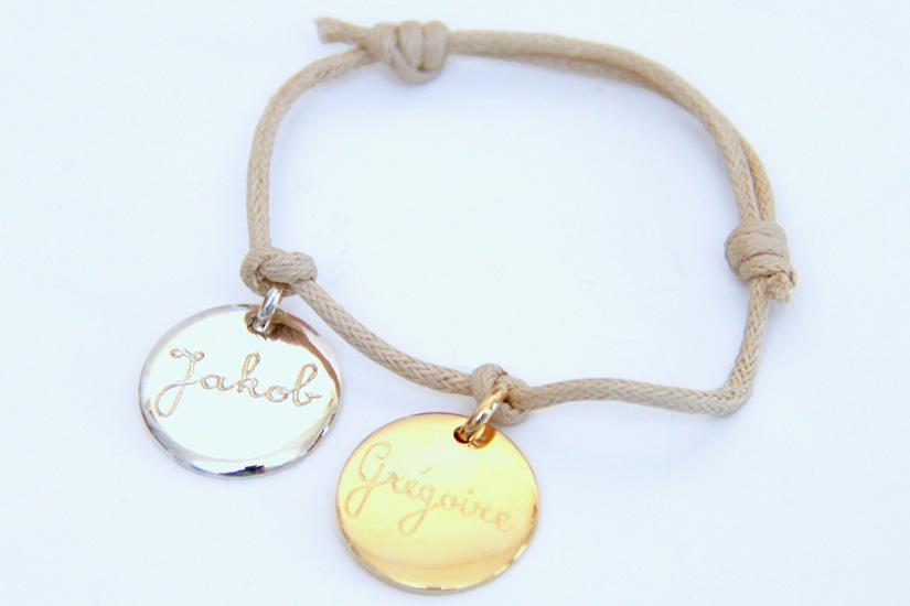 A Personalised Charm Bracelet 2 disc